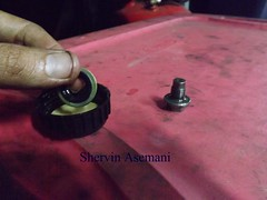 Mastermanship 4 by Shervin Asemani (43) (SheRviNRRR) Tags: drain plug washer gasket rubber metallic lubrication step