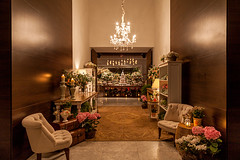 IMG_0211_Julia_Ribeiro (marianabassi) Tags: casaitaim corredordeentrada romântico branco rosa rústico lustredecristal aubusson composição