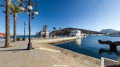 ( 360 interactiva ) Cartagena - Paseo del puerto (Juan Ig. Llana) Tags: panorama puerto mar agua 360 palmeras escultura murcia paseo farolas cartagena epic spherical ballena columna panormica esfrica gigapan epicpro