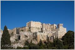 Vue sur les Propylées et le Temple d'Athéna Nikè (Christophe Hamieau) Tags: acropole acropolis antiquity athens athènes europe greece grèce propylées templedathénanikè antic antiquité greektemple ruin ruine templegrec