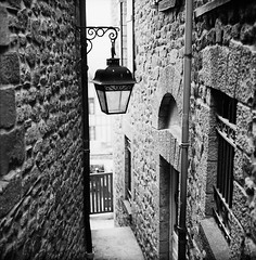 Alleys around the Monastery (1) (Purple Field) Tags: street bw france 120 6x6 tlr film monochrome saint analog rolleiflex alley kodak trix 400tx michel mont   f28  schneider kreuznach sqare 80mm    28f xenotar        stphotographia x