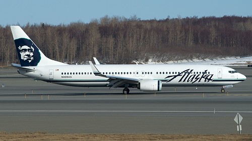 Alaska Airlines Boeing 737-900ER N409AS