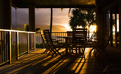 James House, Hanalei Bay (JohnMinSF) Tags: sunset hawaii jameshouse kauai hanalei lanai hanaleibay