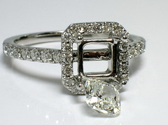 Unplugged (theappraiserlady) Tags: diamonds diamond ting jeweler loosediamond theappraiserlady enggementring jewelryinprogress cishioncutdiamond