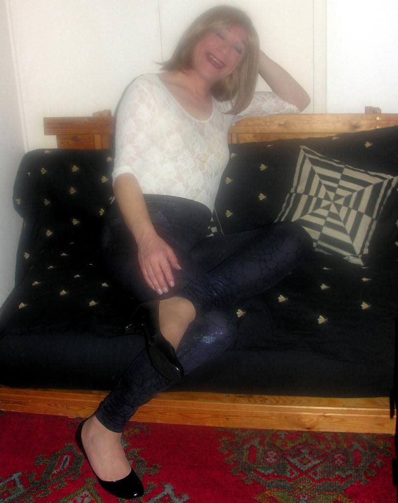mature blonde shemal