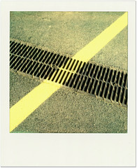 Barcelone - 2013 (von_bauer) Tags: barcelona yellow polaroid concrete sx70 minimal asphalt instantcamera pola impossible instantfilm graphicelement vonbauer filmpx70colorprotection