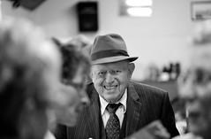 Couvre-chef (focalouest) Tags: portrait noiretblanc nb chapeau sourire rire oncle