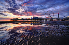 Blackpool Beach Sunset (Jason Connolly) Tags: sunset england nikon sigma lancashire blackpool hdr highdynamicrange seasideresort centralpier fylde sigma1020mm blackpoolbeach sigmalens photomatix sigma1020 fyldecoast photomatixpro blackpoolsunset nikond300 thefyldecoast blackpoollandscapes