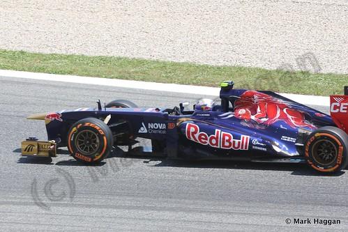 Daniel Ricciardo in Free Practice 2 at the 2013 Spanish Grand Prix