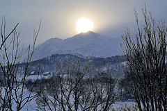 Sonnenberg (Godwi_) Tags: schnee winter norwegen berge ste eis sonne bume vesterlen rememberthatmomentlevel1