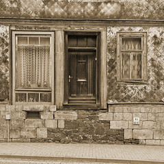 Ilfeld_Harz_. 34 (ed 37 ~~) Tags: street old canon buildings germany deutschland thringen main thuringia sephia ilfeld ef24105mmf4lisusm canoneosd canoneos5dmarkii