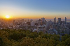 Montreal at Sunrise (M N O'Donnell) Tags: city canada skyline sunrise skyscrapers quebec montreal montroyal qc pq montsainthilaire kondiaronkbelvedere