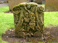 Grave, Alloway Kirk (Brownie Bear) Tags: uk yard kyle scotland o britain south united country great kingdom burns gb ayr tam kirk ayrshire kirkyard ayrs shanter alloway