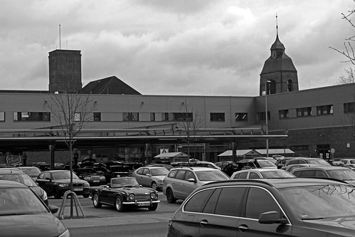"Petruskirche Kiel 01 BW • <a style=""font-size:0.8em;"" href=""http://www.flickr.com/photos/69570948@N04/16120604973/"" target=""_blank"">View on Flickr</a>"