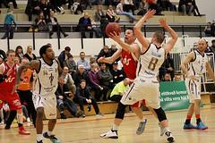 Keflavk vs Snfell (David Eldur) Tags: game basketball dominos keflavik league snfell leikur keflavk krfubolti karfa karfanis deild slturhsi krfuknattleikur karfan