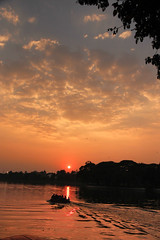 The Sunset near Ulsoor Lake (Pattugrapher) Tags: light sunset sun lake water clouds golden boat twilight ride dusk bangalore karnataka ulsoor