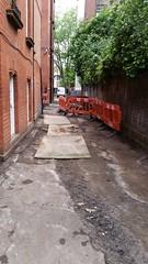 20160616_165722 (Carol B London) Tags: tarmac courtyard charcoal e1 wedge sgc ids stepney londone1 stepneygreen newlayout newsurface charcoalbricks steneygreencourt wedgeengineering
