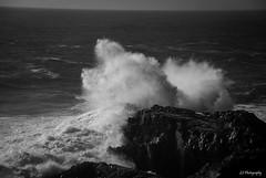 Despejando la costa que Chile entero le vio adorarse en la iluminada de estos sueos (.KiLTRo.) Tags: cobquecura regindelbobo chile kiltro wave ocean sea rocks