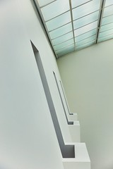 492 (Stadtromantikerin) Tags: urban museum geometry frankfurtmain mmk geometrie museumausstellungshallen