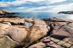 Grebbestad, June 19, 2014 (Ulf Bodin) Tags: sea summer cliff seascape rock landscape se sweden outdoor formation sverige polarizer hav bohusln vstkusten grebbestad klippor vstragtalandsln canonef24mmf14liiusm canoneos5dmarkiii tjurpannansnaturreservat