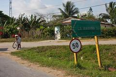 Road to Havana (-AX-) Tags: cuba pancarte