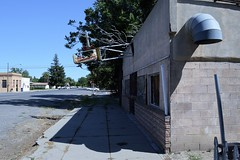 Main Street (rickele) Tags: mainstreet decay rip sidewalk vacant laundromat launderette outofbusiness ghostsign vacuform plasticsign exhaustduct glenncounty hamiltoncitycalifornia