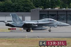 US Navy 166980 (Jordan Arens) Tags: usnavy fa18f 166980 vandy71flight
