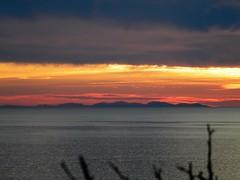 L'isola che non c'. Giglio 2016 (Cartarughe) Tags: tramonto nuvole mare cielo acqua rosso calma sera allaperto