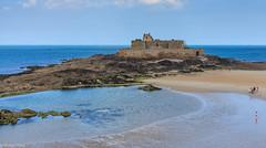 Fort National - Saint Malo (holger.torp) Tags: france beach rock coast seaside fort bretagne national shore fortress saintmalo frakkland