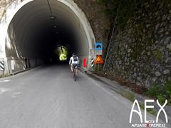 Lizzari-04 (Cicloalpinismo) Tags: parco mountain bike video foto extreme mtb cai monte sentiero alpi aex 190 apuane appennino vinca vetta foce escursione altana ugliancaldo cicloalpinismo cicloescursionismo lizzari
