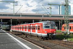 420 979-7 DB S-bahn Rhein-Ruhr Dusseldorf Hbf 17.06.16 (Paul David Smith (Widnes Road)) Tags: 420 sbahn dsseldorf br420 rheinruhr