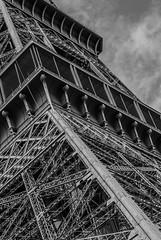 paris, paris-1059 (math.buechel) Tags: bw paris france building blackwhite nikon frankreich schwarzweiss eiffelturm gebude bnw d7000 nikond7000
