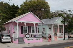 Shotgun! (Jan Nagalski) Tags: house home housing architecture architecturalstyles shotgun shotgunhouse cigarhouse cigars southernstyle trumanavenue historicalhomes history keywest florida pink green resortrental downtown southernmost downtownkeywest southflorida jannagalski jannagal