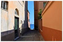 Two more steps...... (only_sepp) Tags: strada mare foto liguria di una sole borgo viuzza sogno bordo pomeriggio varigotti miraggio ristoro voglia