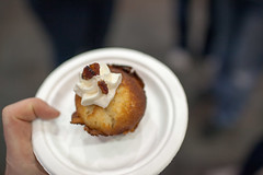 Bacon cupcake (froboy) Tags: food chicago bacon illinois pork baconfest