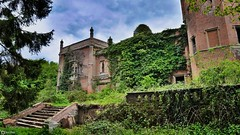 Derelict Mansion I (Ben Wink Photography) Tags: uk england urban broken photography hall aperture nikon hand ben bricks norfolk ruin down x falling handheld 1855mm rough expensive wink derelict hdr vr listed ruined urbanx rougham
