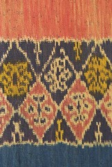 Indonesian Woven Fabric / Ikat, Sumba Island (naonishimiya) Tags: art traditional arts textiles handicrafts weaving seni ikat kain tradisional traditionalarts nusatenggara artculture tenun sumbatimur kerajinantangan kerajinan tradisi eastnusatenggara eastsumba sumbaisland kaintenun