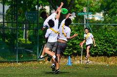 Games Day 2013 (Jake Wang) Tags: school sports day games bowen frisbee secondary nikkor 80200mm 2013