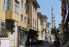ISTANBUL - TRADITIONAL ARCHITECTURE (Punxsutawneyphil) Tags: wood houses architecture turkey wooden europa europe minaret islam traditional trkiye haus istanbul mosque trkei architektur oriental orient holz turkish sleymaniye constantinople huser bosporus moschee hlzern byzanz trkisch konstantinopel