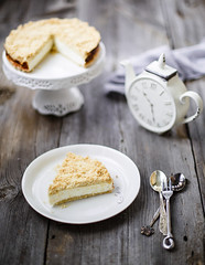 Alice in Wonderland (Julicious) Tags: food clock cake cheese canon vintage pie crust dessert 50mm baking stand yummy tea sweet cream royal plate spoon cheesecake fresh delicious homemade teapot serving foodphoto foodphotography foodstyle canon5dmarkiii