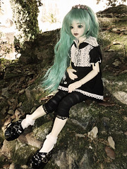.:: Mi-Youn ::. (Bunraku Doll) Tags: moon cute girl doll 14 longhair bjd  resin custom dollfie msd greenhair   unoa  lusis miyoun dollmoreoutfit
