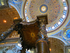 St Peters Basilica alter (ddk4runner) Tags: italy stpeters rome detail saint basilica peters alter basillica upshot