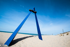 /t (Mista Sparkle) Tags: sculpture beach spring michigan stjoseph wideangle line lakemichigan tilt 1635 a