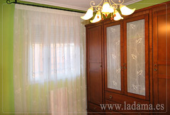 "Cortinas bordadas en Dormitorio clásico • <a style=""font-size:0.8em;"" href=""http://www.flickr.com/photos/67662386@N08/9194691346/"" target=""_blank"">View on Flickr</a>"