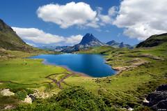 Lac dAyous (Legi.) Tags: clouds lago nikon lac sigma nubes midi 1020 pyrnes pirineos ibn ossau ayous dossau d5100