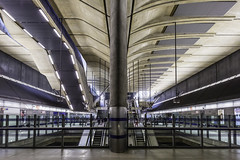 Canary Wharf Hall II (Mabry Campbell) Tags: uk england building london june architecture underground photography pho