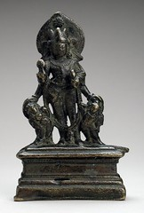 The Hindu God Vishnu LACMA M.82.223 (Fæ) Tags: california usa losangeles lacma losangelescountymuseum wikimediacommons imagesfromlacmauploadedbyfæ ayudhapurusha sculpturesfromindiainthelosangelescountymuseumofart