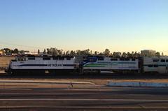 Metrolink 862 and RBRX 18533 (hupspring) Tags: train diesel engine locomotive southerncalifornia orangecounty anaheim placentia metrolink commuterrail commutertrain passengertrain f59ph scax862 scax scrra southerncaliforniaregionalrailauthority 91line bnsfsanbernardinosub rbrx18533