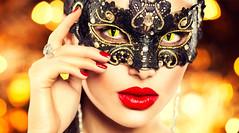 Flirten beim Karneval: Ganz leicht mit bunten Kontaktlinsen (prnews24) Tags: party fasching karneval fastnacht kostüm verkleidung kontaktlinsen flirten lensspirit onlineversand motivlinsen