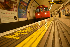 Mind The Gap - Waterloo (Alexander.Banks) Tags: city uk england urban london train underground nikon tube waterloo londonunderground 1855 nikkor publictransport mindthegap d5200 nikond5200